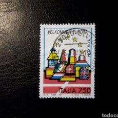 Sellos: ITALIA. YVERT 1989. SELLO SUELTO USADO. BIENVENIDA EUROPA. BANDERAS.. Lote 128680022