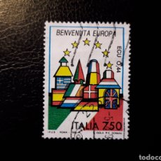 Sellos: ITALIA. YVERT 1987. SELLO SUELTO USADO. BIENVENIDA EUROPA. BANDERAS. Lote 128680032
