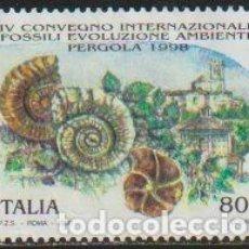 Timbres: ITALIA 1998 SCOTT 2214 SELLO * FOSILES Y VISTA DE PERGOLA CONFERENCIA INTERNACIONAL FOSILES MI. 2570. Lote 37756437