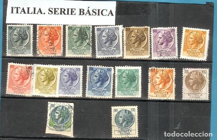 LOTE DE SELLOS DE ITALIA. SERIE BÁSICA (Sellos - Extranjero - Europa - Italia)