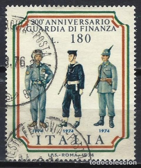 ITALIA 1974 - UNIFORMES DEL SERVICIO DE ADUANAS ITALIANAS - USADO (Sellos - Extranjero - Europa - Italia)