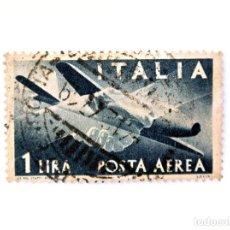 Sellos: SELLO POSTAL ITALIA 1945, 1 LIRA, HANDSHAKE, AVIÓN CAPRONI-CAMPINI 1, DEMOCRACIA, USADO. Lote 250238900