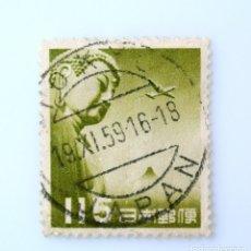 Sellos: SELLO POSTAL JAPÓN 1953, 115 YEN, GRAN BUDA DE KAMAKURA Y AVIÓN- VERDE OLIVA ,CORREO AÉREO, USADO. Lote 246343540