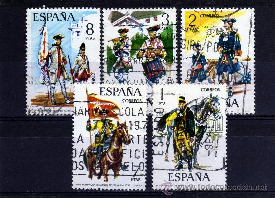 ++ ESPAÑA / SPAIN / SERIE COMPLETA AÑO 1974 YVERT NR.1852/56 USADA UNIFORMES MILITARES (Sellos - España - Juan Carlos I - Desde 2.000 - Usados)
