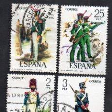 Sellos: AÑO 1976 - EDIFIL 2350, 2351, 2352, 2353 Y 2354 - SERIE, UNIFORMES MILITARES. Lote 53275037