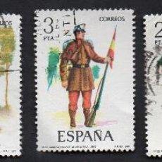Sellos: AÑO 1977 - EDIFIL 2381, 2382, 2383, 2384 Y 2385 -SERIE, UNIFORMES. Lote 53330394
