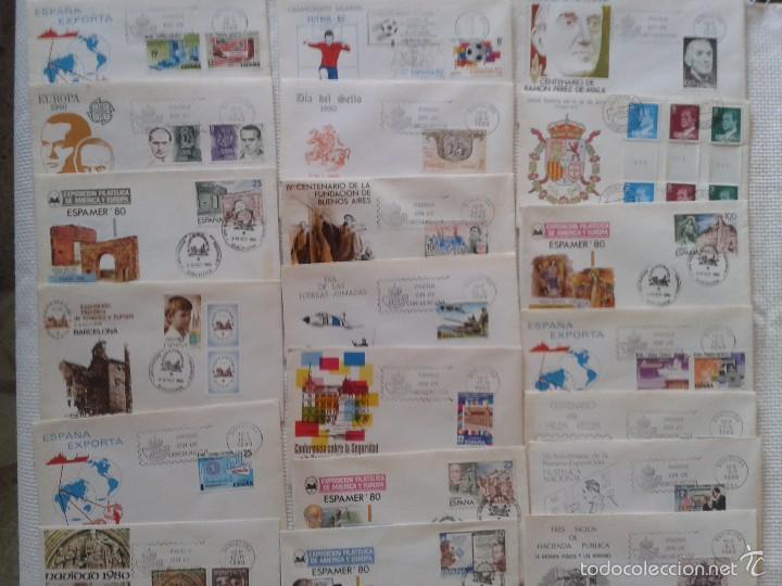 IMPRESIONANTE LOTE DE SOBRES CON SELLOS Y MATASELLOS ORIGINALES DEL AÑO 80 (Sellos - España - Juan Carlos I - Desde 1.975 a 1.985 - Cartas)