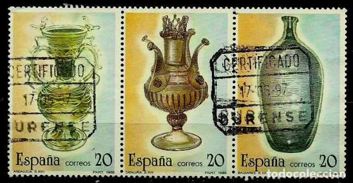 ESPAÑA 1988- EDI 2944/46 (ARTESANIA DEL VIDRIO)(TRIO UNIDO) USADOS (Sellos - España - Juan Carlos I - Desde 1.986 a 1.999 - Usados)