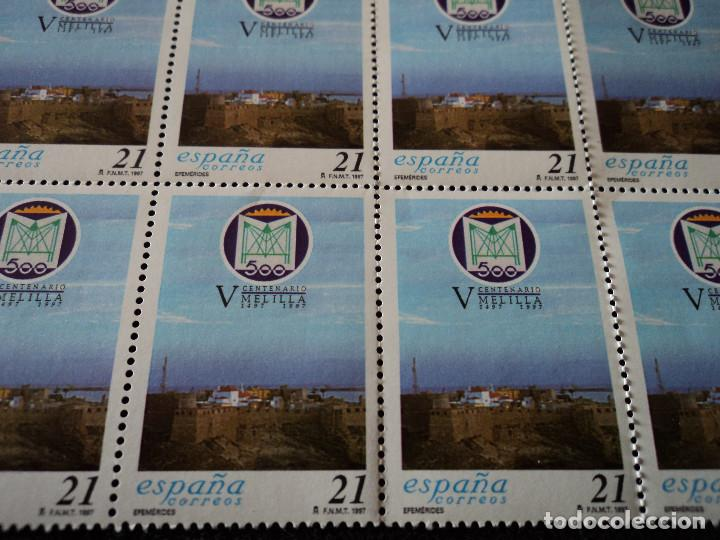 Sellos: PLIEGO DE 50 SELLOS EDIFIL 3505. EFEMÉRIDES. - V CENTENARIO DE MELILLA. (1997). - Foto 2 - 103119299