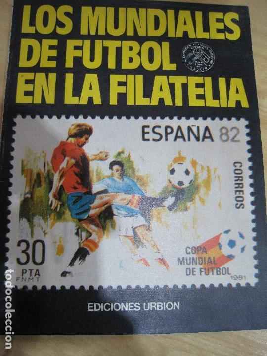 MUNDIAL DE FUTBOL 1982 ALBUM CON 10 SELLOS C/FILOESTUCHES (Sellos - España - Juan Carlos I - Desde 1.975 a 1.985 - Nuevos)