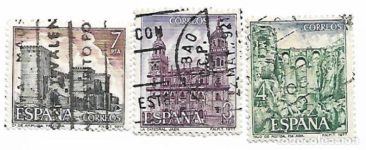 SELLO DE ESPAÑA. USADO. 1977. ESPAÑA. EDIFIL 2417/22. PAISAJES Y MONUMENTOS. 3 SELLOS SUELTOS. (Sellos - España - Juan Carlos I - Desde 1.975 a 1.985 - Cartas)