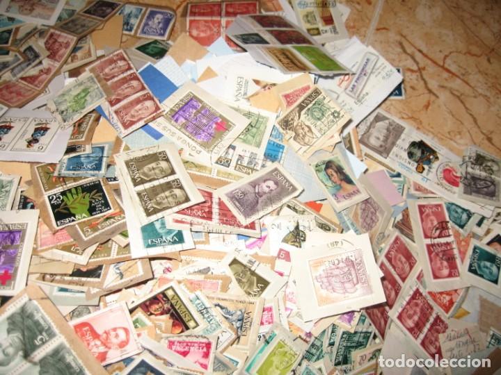 Sellos: CINCO MIL SELLOS DE ESPAÑA MATA-SELLADOS - Foto 3 - 167561464