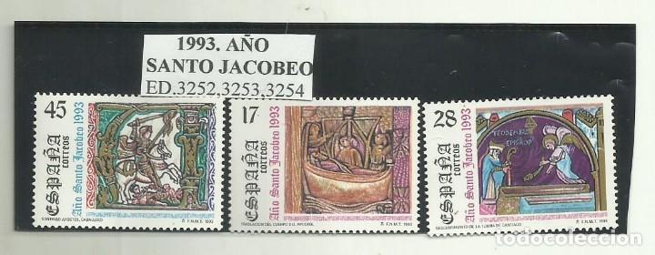 3 SELLOS 1993. AÑO SANTO JACOBEO (Sellos - España - Juan Carlos I - Desde 2.000 - Nuevos)