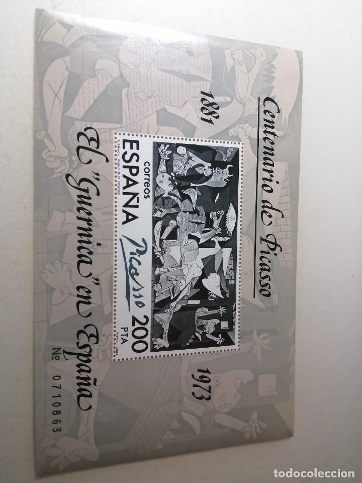 HOJITA BLOQUE SELLO CENTENARIO DE PICASSO, EL GUERNICA EN ESPAÑA (Sellos - España - Juan Carlos I - Desde 1.975 a 1.985 - Nuevos)