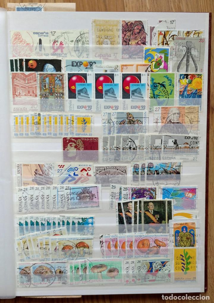 Sellos: Lote. Álbum con más de 500 sellos de España usados. VER FOTOGRAFÍAS - Foto 6 - 196269017