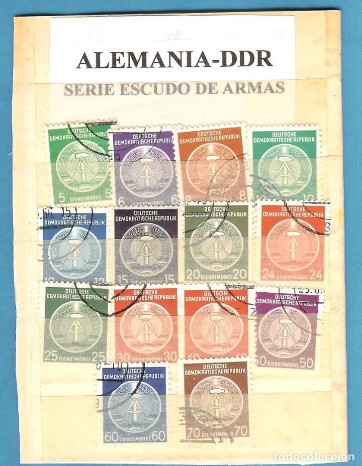 LOTE DE SELLOS DE ALEMANIA DDR. SERIE ESCUDO DE ARMAS (Sellos - España - Juan Carlos I - Desde 2.000 - Nuevos)