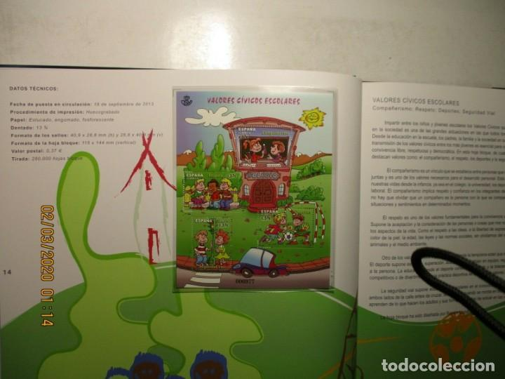 Sellos: Libro oficial de correos año 2013 con todas las emisiones de sellos de España y Andorra del año 2013 - Foto 3 - 212063477