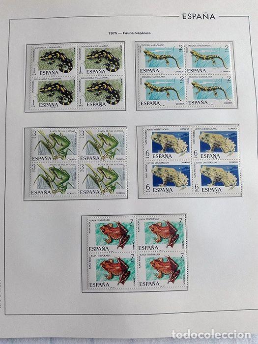 Sellos: España sellos en bloque de 4 de los años 1975 1976 1977 1978 con Hojas Edifil en negro HEBS70 - Foto 39 - 205826555