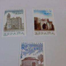 Sellos: EDIFIL 3797 / 3999 ARQUITECTURA NOIA / VILLACONCHA PALOMAR PALOMAR PALENCIA/ TUY CATEDRAL AÑO 2001. Lote 221740875