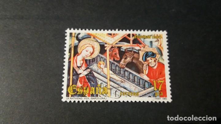 SELLO USADO. NAVIDAD. RETABLO DE GUIMERÀ (LÉRIDA). 27 DE NOVIEMBRE DE 1985. EDIFIL 2818. (Sellos - España - Juan Carlos I - Desde 1.975 a 1.985 - Usados)