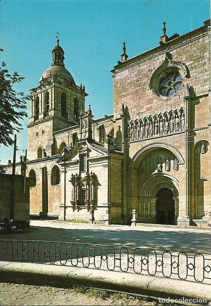 Sellos: Tarjeta postal circulada matasellada con el cuño ferroviario Estación Fuentes de Oñoro - Foto 2 - 226435800