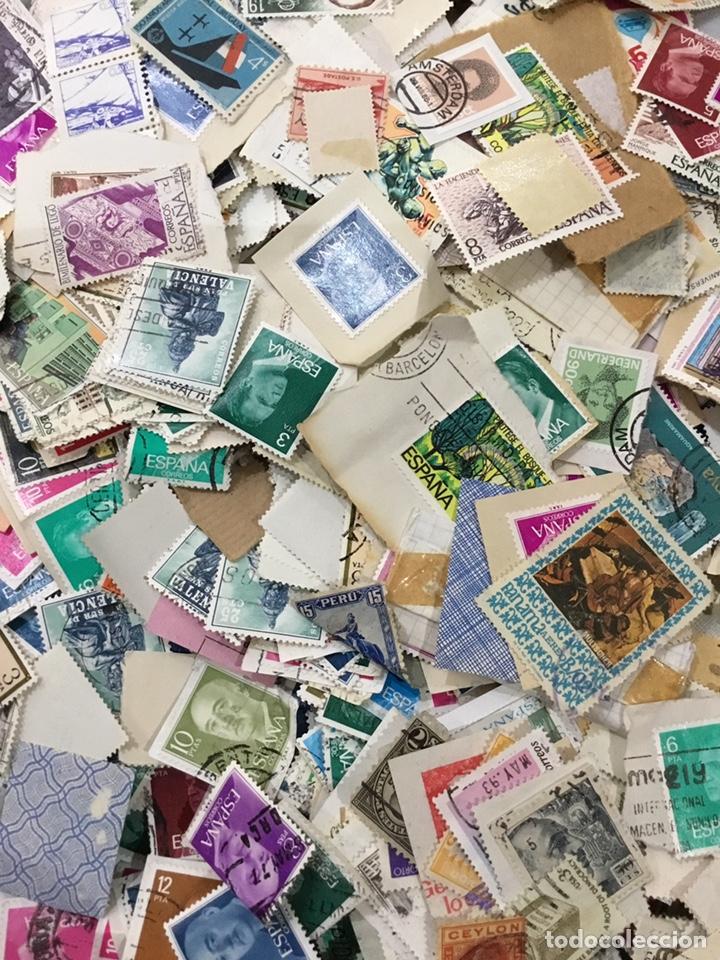 Sellos: Caja de 1.025 kg de sellos antiguos usados . Ver fotos - Foto 3 - 246013205
