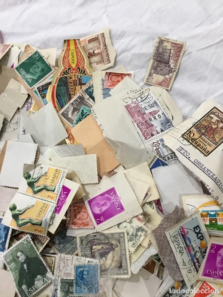 Sellos: Caja de 1.025 kg de sellos antiguos usados . Ver fotos - Foto 4 - 246013205
