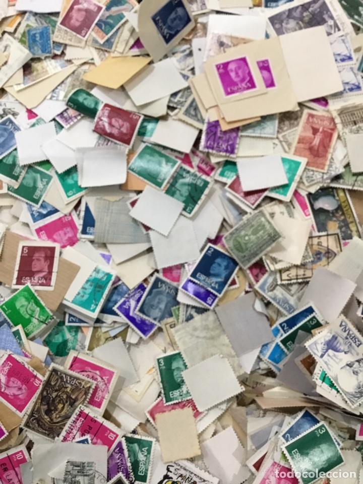 Sellos: Caja de 1.025 kg de sellos antiguos usados . Ver fotos - Foto 11 - 246013205