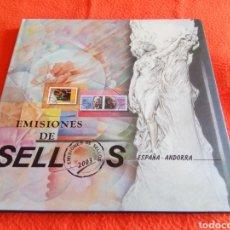 Sellos: LIBRO OFICIAL DE EMISIONES DE SELLOS DE CORREOS DE ESPAÑA Y ANDORRA 2003. SELLOS NO INCLUIDOS.. Lote 251526675