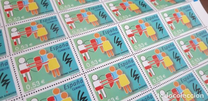 PLIEGO COMPLETO - FACIAL 26,5 € (50 X 0,53€ ) - VALORES CÍVICOS - SANGRE - EDIFIL 4151 (Sellos - España - Juan Carlos I - Desde 2.000 - Nuevos)