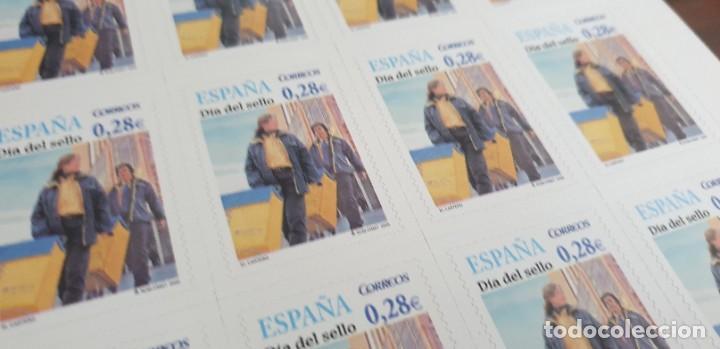 PLIEGO COMPLETO - FACIAL 5,6 € (20 X 0,28€ ) - DÍA DEL SELLO - ADHESIVO - EDIFIL 4174 (Sellos - España - Juan Carlos I - Desde 2.000 - Nuevos)