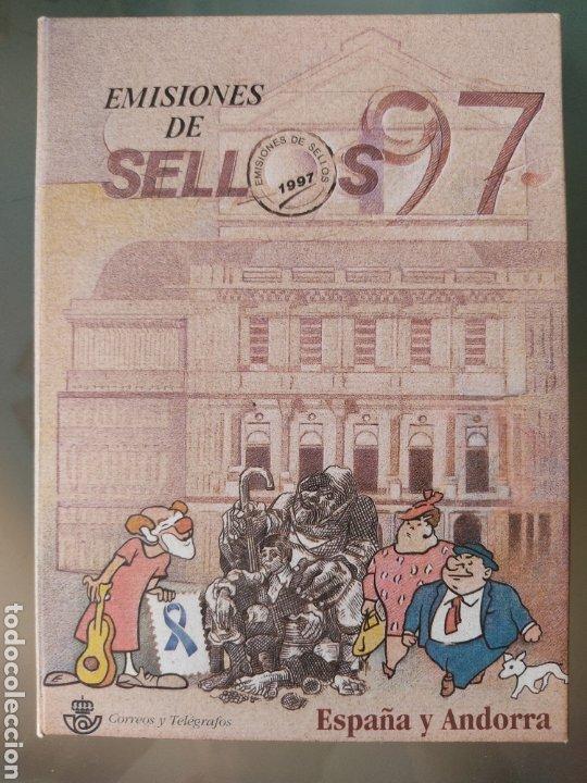 EMISIÓN DE SELLOS ESPAÑA Y ANDORRA 1997 LIBRO ÁLBUM (Sellos - España - Juan Carlos I - Desde 2.000 - Nuevos)