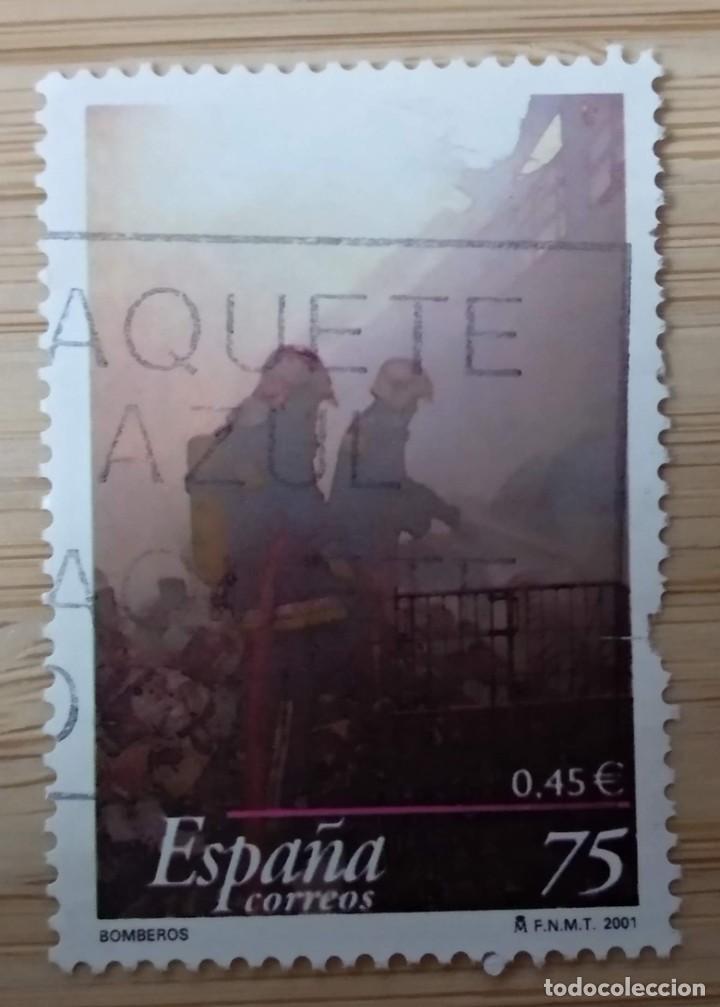 ESPAÑA 2001 - EDIFIL 3777 - CUERPO DE BOMBEROS (Sellos - España - Juan Carlos I - Desde 1.986 a 1.999 - Usados)