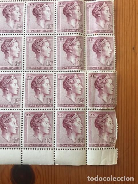 Sellos: Hoja de 100 sellos de Luxembourg, Yvert & tellier nº 580A de 10c - Foto 3 - 205015290