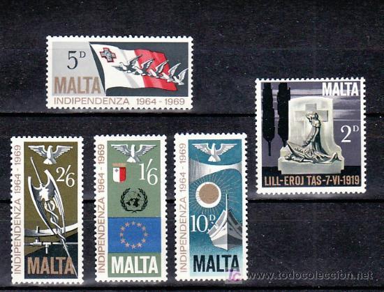 MALTA 395/9 SIN CHARNELA, 5º ANIVERSARIO DE LA INDEPENDENCIA, (Sellos - Extranjero - Europa - Malta)