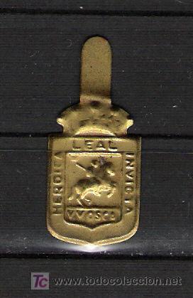 0440 HUESCA EMBLEMA METALICO DE AUXILIO SOCIAL 0440 (Sellos - Material Filatélico - Otros)