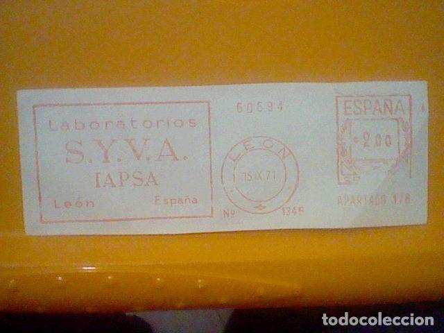 Sellos: SYVA LEON LABORATORIOS MATASELLO RODILLO 1986 RECORTADO 14 CMS APROX LARGO - Foto 2 - 182881858