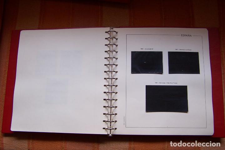 Sellos: ÁLBUM DE SELLOS CON HOJAS EDIFIL Y ESTUCHE DE PROTECCIÓN. AÑOS 1978 AL 1982 MONTADOS. - Foto 7 - 189114435