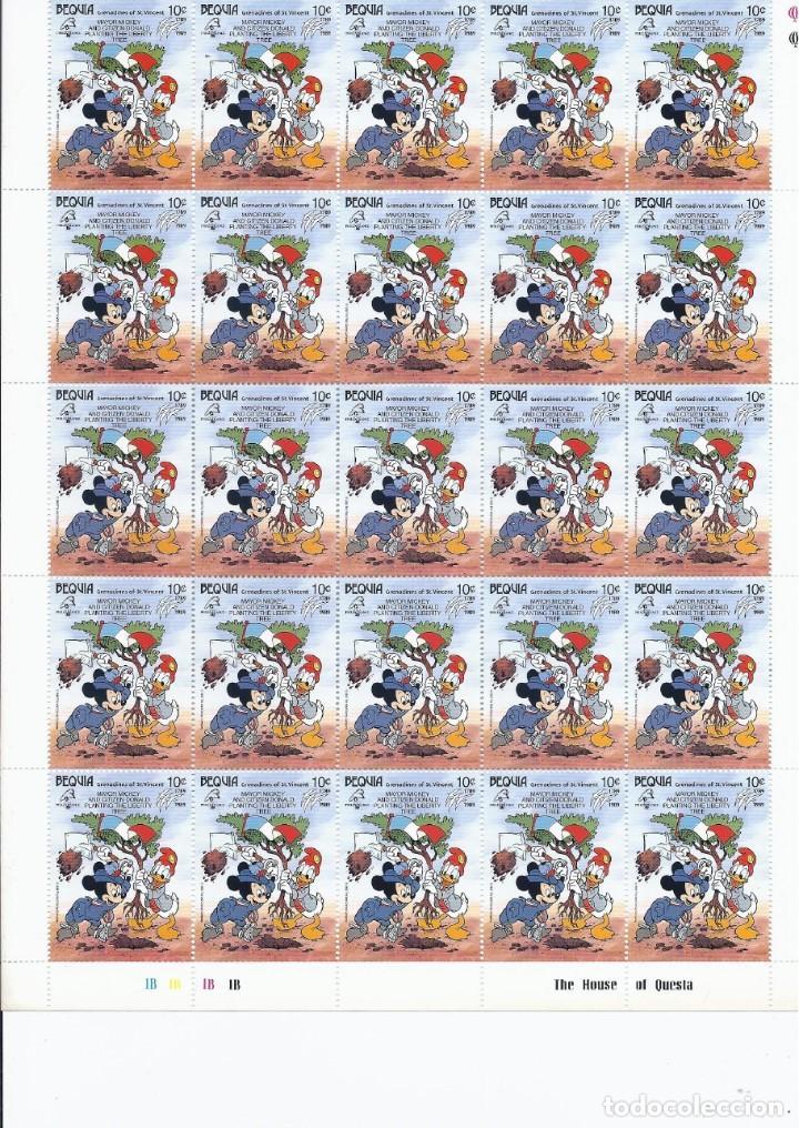 SELLOS DE WALT DISNEY MINI SERIE DE 6 PLIEGOS DE 25 SELLOS DE BEQUIA 1989 (Sellos - Material Filatélico - Otros)