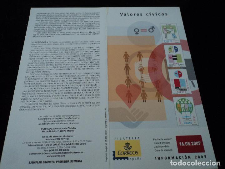 INFORMACION FILATELICA DE CORREOS VALORES CIVICOS 2007 (Sellos - Material Filatélico - Otros)