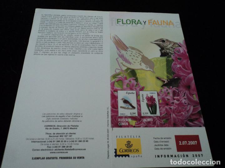 INFORMACION FILATELICA DE CORREOS RUISEÑOR Y JACINTO 2007 (Sellos - Material Filatélico - Otros)