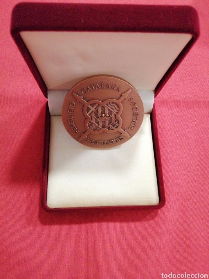 Sellos: Medalla Federación sociedades filatélicas catalanas filabarna 2003 - Foto 3 - 219695112