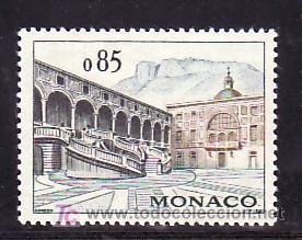 MONACO 549 CON CHARNELA, PATIO DE HONOR DEL PALACIO DE LOS PRINCIPES (Sellos - Extranjero - Europa - Mónaco)