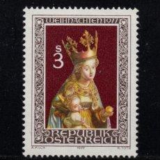 Sellos: AUSTRIA 1393** - AÑO 1977 - NAVIDAD - ESCULTURA RELIGIOSA - LA VIRGEN Y EL NIÑO. Lote 297391208