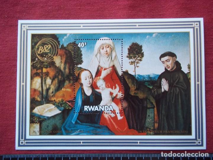 HOJA DE BLOQUE RWANDA 40F (Sellos - Temáticas - Navidad)