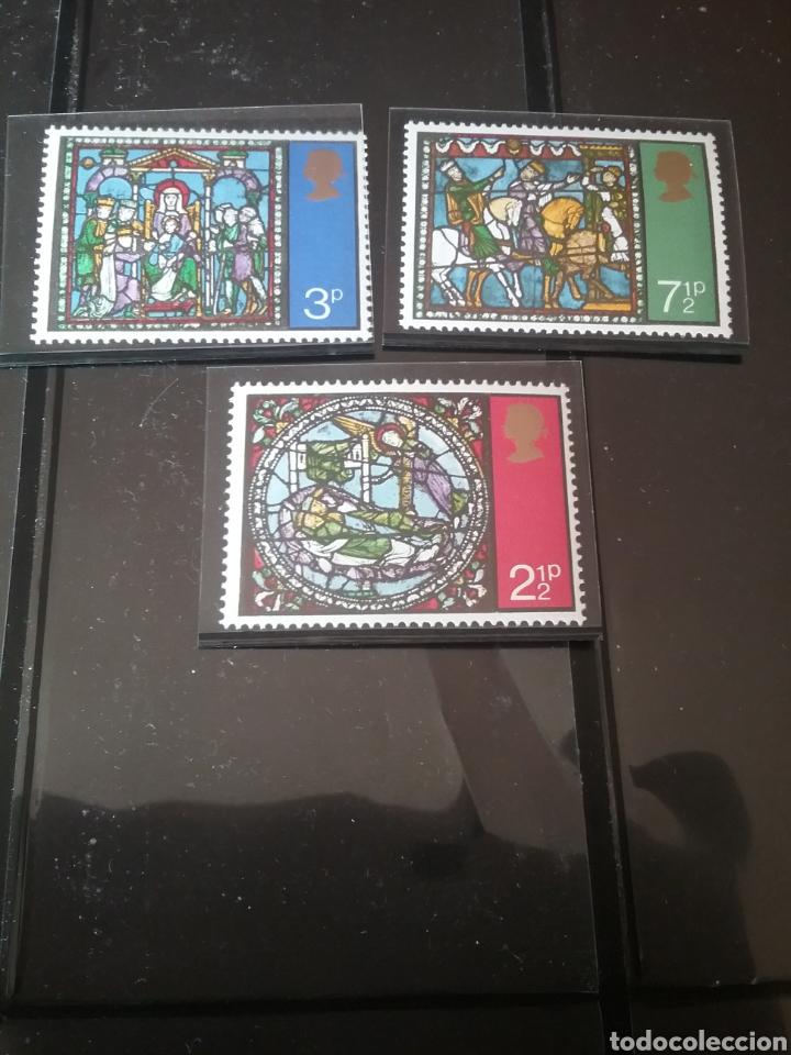 SELLOS DE GRAN BRETAÑA NUEVOS/1971/NAVIDAD/VIDRIERAS DE CATEDRAL CANTERBURY/ARTE/RELIGION/CABALLOS/R (Sellos - Temáticas - Navidad)