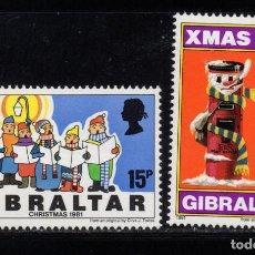 Sellos: GIBRALTAR 437/38** - AÑO 1981 - NAVIDAD. Lote 245989070