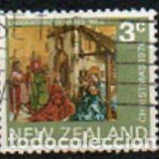 Sellos: NUEVA ZELANDA IVERT Nº 618, NAVIDAD 1974, ADORACIÓN DE LOS REYES MAGOS DE KONRAD WITZ, USADO. Lote 296709568