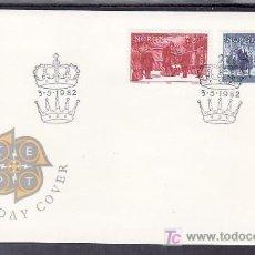Sellos: NORUEGA 821/2 PRIMER DIA, TEMA EUROPA 1982, HECHOS HISTORICOS, BARCO, MONARQUIA, . Lote 10779933