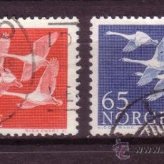 Sellos: NORUEGA 371/72 - AÑO 1956 - DIA DE LOS PAISES DEL NORTE - FAUNA - AVES. Lote 36083051